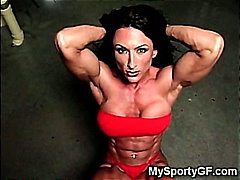 H2porn Movie:Muscle GFs at the Gym!