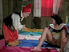 Snow White and the magic c... - 04:23