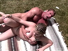 Redtube Movie:Shagging in the garden