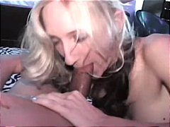 Redtube - Young blonde eating cock