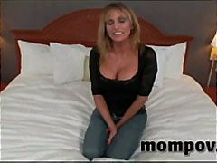 milf, breasts, boobs, housewife,