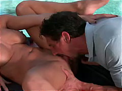 BIG TIT MILF ALEKTRA BLUE GETS MASSAG...