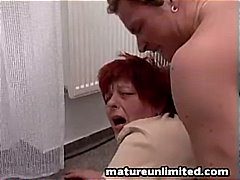 Giant Mature momm gets...