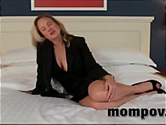 mature, breasts, amateur, mom
