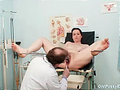 Mature amateur wife at pervy gyno doctor