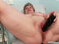 Mature old pussy gyno ...