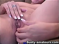 Vanessa jerks her pussy video