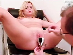 Keez Movies Movie:Blonde Leah visiting gyno clin...