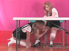 Schoolgirls Play ...