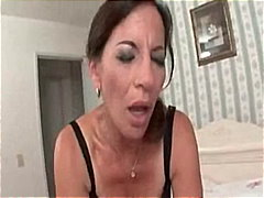 Awesome Milf Knows How... video
