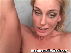 Milf Likes To Be Fucke... video