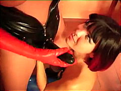 Keez Movies Movie:Latex Lesbos using strap-on in...