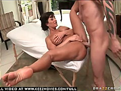 Keez Movies Movie:Hot Milf Lisa Ann Gets her big...