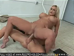 Shyla Stylez - New Mea... video