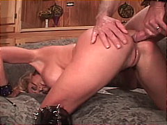 Blazing tits with slave leashed babe