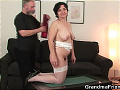Mature Babe Loves Puss...