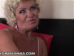 Sugar mama, Effie fucks her young stu...