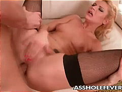 Blonde ass gets plugge...