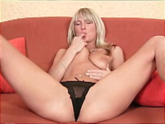 Thumb: Nasty blonde babe solo...