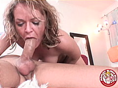 Kelly Leigh swallows a...