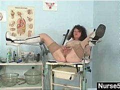 Nasty old brunette granny gives her h...