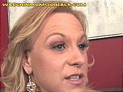 Blonde cougar with a big bubble booty nibbles on his black tool