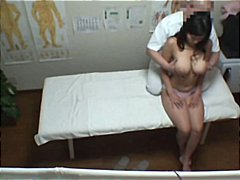 Hot Japanese MILF gets...