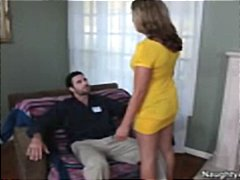 Nuvid Movie:Busty blonde Lizzy London gets...