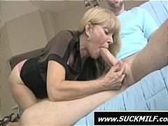 Blonde mom does a grea... preview