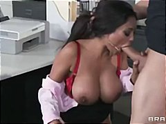 See: Priya Rai has huge kno...