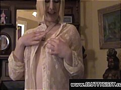 Nasty blonde amateur c...