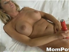 housewife, masturbating, dildo,