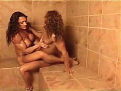 Nuvid - Two lesbian body build...