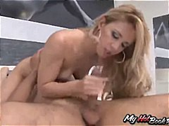 Thumbmail - Hot blonde Latina was ...