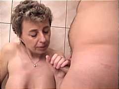 Mature Couple blow job pissing