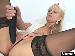 Old blonde milf stuffi...