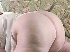 Nuvid - Sexy SSBBW blow a black dildo and giggles her ass