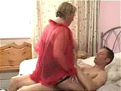 Mature BBW Gets Nailed By Yound Stud