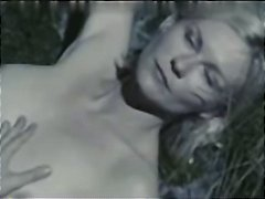 Nuvid Movie:Kirsten Dunst hot tits and ass...