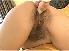 See: 3 Very Hairy Babes Dil...