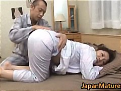 Ayane Asakura Mature Asian lady has s...