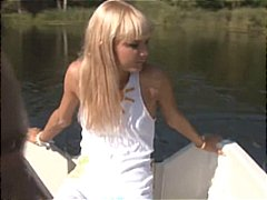 Dr Tuber - Great amateurs blowjob on the boat