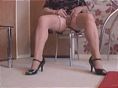 mature, upskirt, granny, strip,