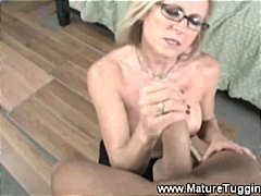 mature, amateur, rubbing, milf, tugjob, jerking