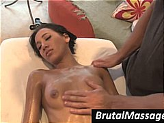 Amia Miley gets covered in oil and gets a ...