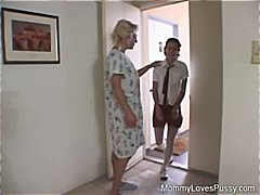 Young and old lesbians use hands, dil...