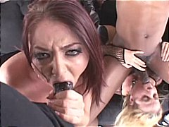DrTuber Movie:Sophie Dee and Anit Blue are t...