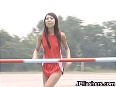DrTuber Movie:Asian amateur in nude track an...