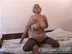 Thumb: Mother of three volunt...