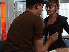 DrTuber Movie:Mature hooker really wants som...
